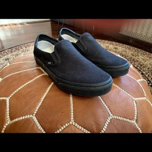 Men's Slip on All Black Vans